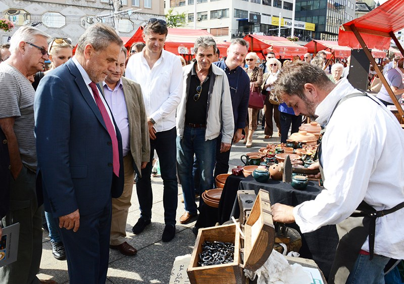 Proizvođači suvenira grada Zagreba (Milan Bandić Trg) (1)