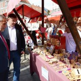 Manifestacija 'Proizvođači suvenira grada Zagreba – Zagrebu' na Trgu bana Jelačića