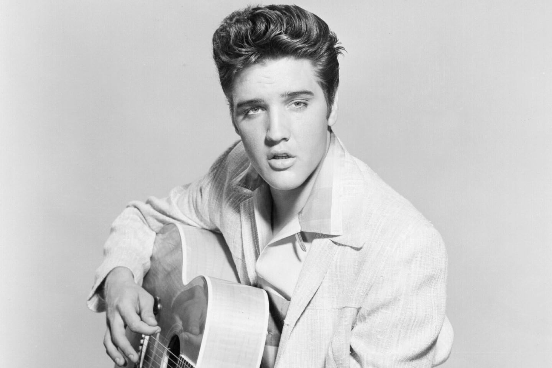 Elvis ponovno na vrhu top ljestvica