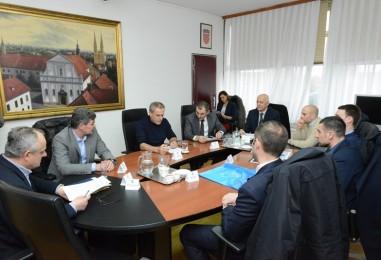 Predstavnici malonogometnog kluba Futsal Dinamo kod gradonačelnika