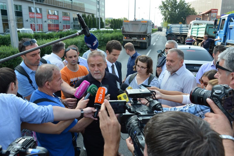 Milan Bandić pustio u promet Dugoselsku ulicu