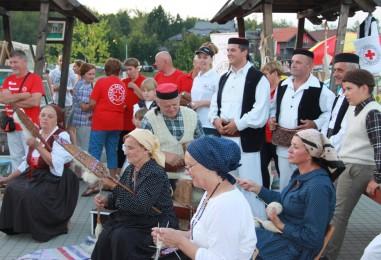 Plitvičke doline nude više od slapova i jezera, počelo je Ljeto u Rakovici!