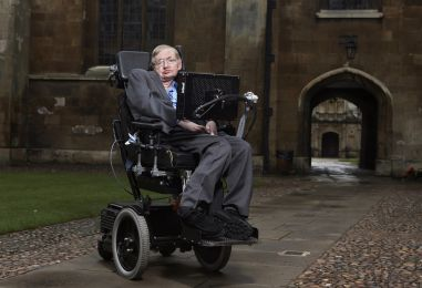 Stephen Hawking slavi 75. rođendan