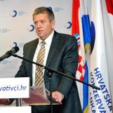 """Kožul iz HKS-a: """"Hoćemo li sutra i u Zagrebu raspravljati o postavljanju dvojezičnih ploča?"""""""