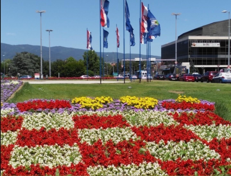 Istaknimo hrvatske barjake i uz Eru s onoga svijeta, na Tomislavcu, proslavimo Dan državnosti!