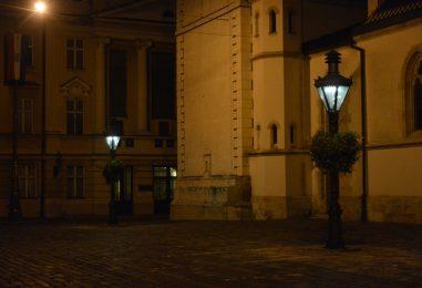 Na Gornjem gradu puštene u rad dvije replike najstarijih plinskih lanterni