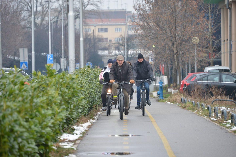 Međunarodni dan zimskog bicikliranja – gradonačelnik Bandić došao biciklom na posao