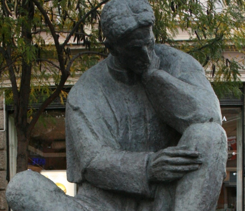 PRAZNO POSTOLJE: Gdje je nestao spomenik Nikole Tesle iz središta Zagreba?