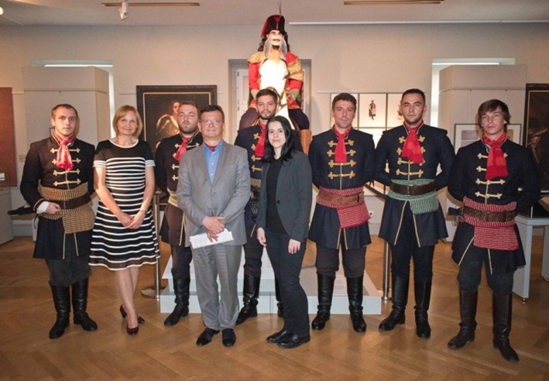 Kravat pukovnija otvorila izložbu o Krabatu u Bautzenu