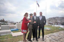 Prva žena časnica HV-a udala se na Oltaru domovine