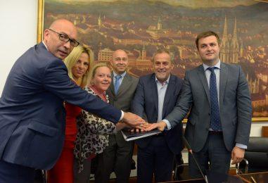 "Potpisana dva ugovora vezana za projekt ""Centar za gospodarenje otpadom Zagreb"""