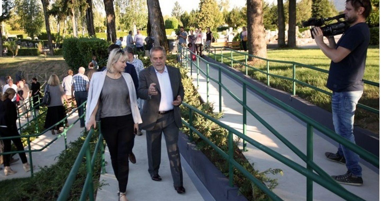 Invalidima olakšan pristup groblju Mirogoj, izgrađena rampa na južnom ulazu