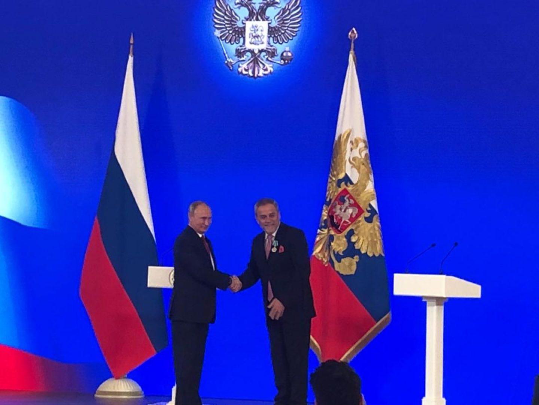 Putin osobno u Kremlju uručio gradonačelniku Bandiću odlikovanje Red prijateljstva