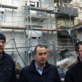 STANARI TVRDE: Ministarstvo baš briga što se ZGRADA OBNAVLJA OPASNIM, zapaljivim materijalom