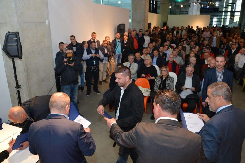 Novih 250 dozvola samostalnim taksi prijevoznicima u gradu Zagrebu