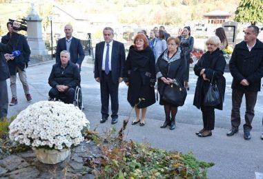 Pogledajte na kojim su sve mjestima gradonačelnik Bandić i suradnici položili vijence