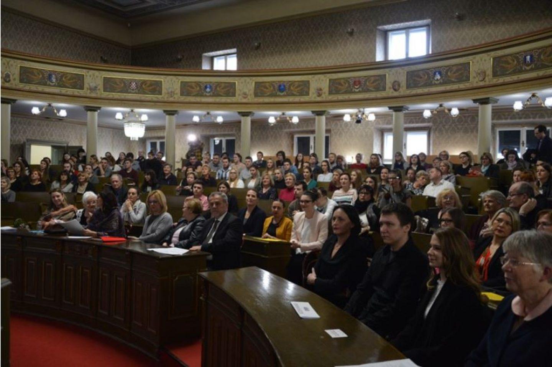 Volonter Hrabrog telefona i promotor pozitivnog roditeljstva osvojio Volonterski Oskar
