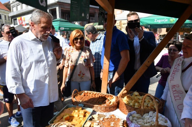 Zagorski specijaliteti, domaća vina i rakije te popevke ovaj vikend na Trgu bana Jelačića