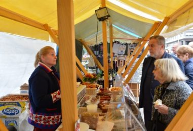BRANITELJI KOJI PROIZVODE HRANU, na Trgu nude tradicionalne domaće specijalitete