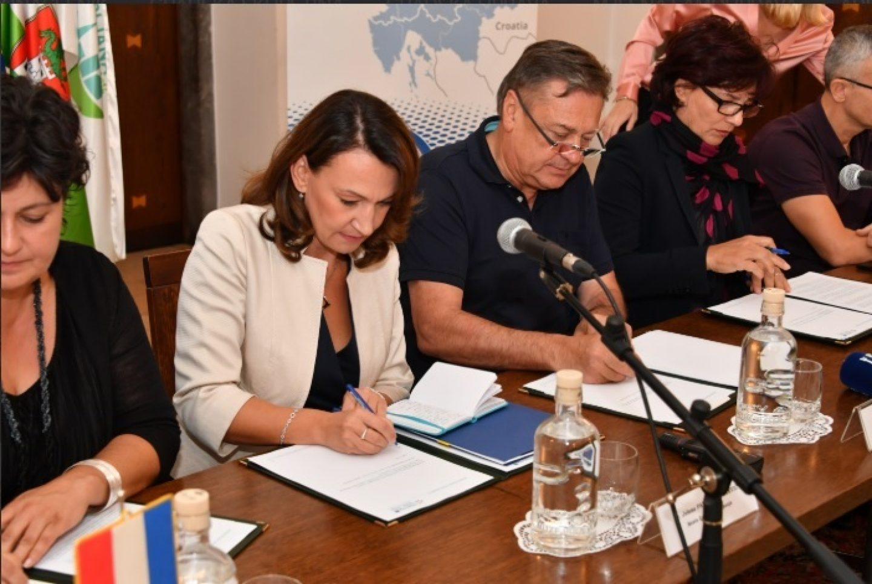 LJUBLJANA: Grad Zagreb potpisnik ugovora za EU projekt o skrbi za starije osobe u kući