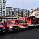 GASE VATRU I SPAŠAVAJU IZ POTRESA: Šest novih vozila za zagrebačke vatrogasce