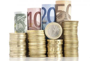 Prosječna plaća u Zagrebu je 6500 kuna, no u BANKARSTVU je prosjek 9600 kuna NETO!