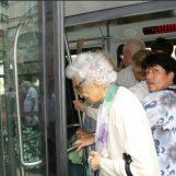 Umirovljenici čiji su prihodi manji od 3200 kuna, mogu podići BESPLATNI POKAZ za 2018. godinu