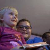 Započela ISPLATA pomoći za RODITELJE ODGOJITELJE, one koji skrbe o najmanje troje djece
