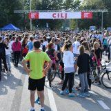 TERRY FOX RUN: Više od pet tisuća ljudi trčalo oko Jaruna u želji da znanstvenici POBJEDE RAK