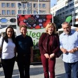 Na Trgu bana Jelačića otvoren VEGESAJAM, organizira ga Udruga za zaštitu i prava životinja