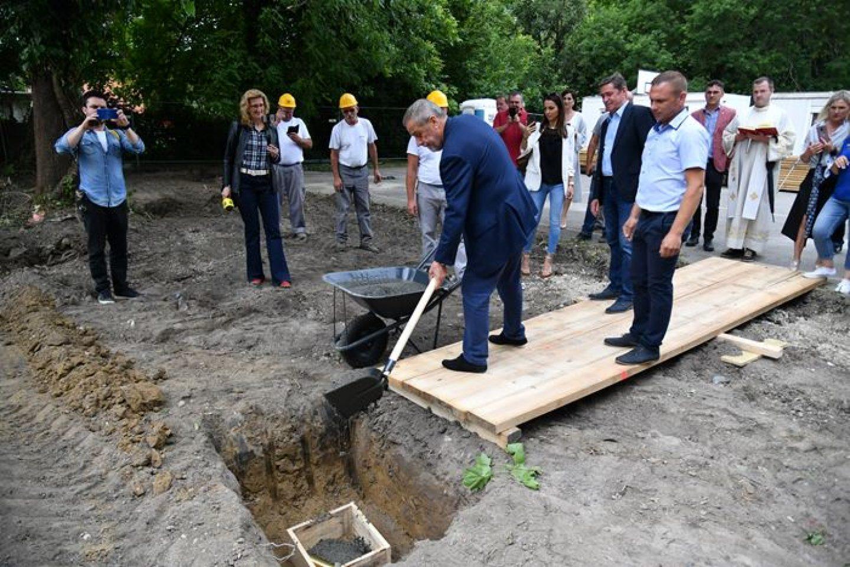 Započela izgradnja nove ambulante na Žitnjaku, uskoro kreće izgradnja dječjeg vrtića