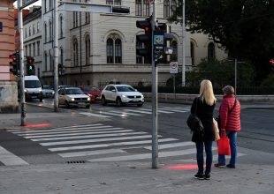 Semafor budućnosti na križanju Frankopanske i Deželićeve