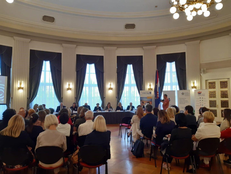 Održan okrugli stol o DEMENCIJI, uskoro i Strategija za bolju skrb za oboljele