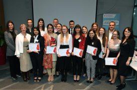 Geofizičarka sa zagrebačkog PMF-a Iva Lončar pobijedila je na MOL-ovom natjecanju osvojivši stipendiju i otvorena vrata za radno mjesto u naftnoj industriji