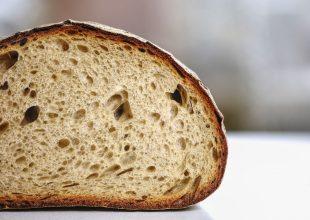 Kako pravilno očuvati kruh i iskoristiti višak?