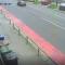 ZASTRAŠUJUĆI VIDEO Automobil prošao sekundu prije urušavanja krova!