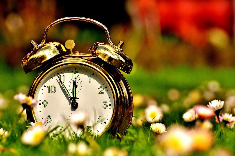 U nedjelju počinje ljetno računanje vremena