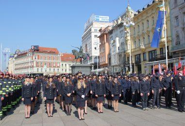 Hrvatska ima oko 150 tisuća vatrogasaca, koliko je od toga žena?
