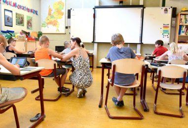POTICAJ ZA IZVRSNOST  Najboljih 500 učitelja dobit će 10.000 kuna!